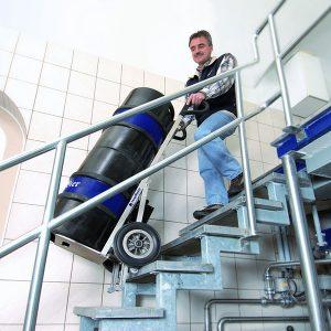 CargoMaster-C141 sube 30 escaleras por minuto